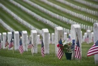 Memorial-Day-Photos-Arlington.jpg